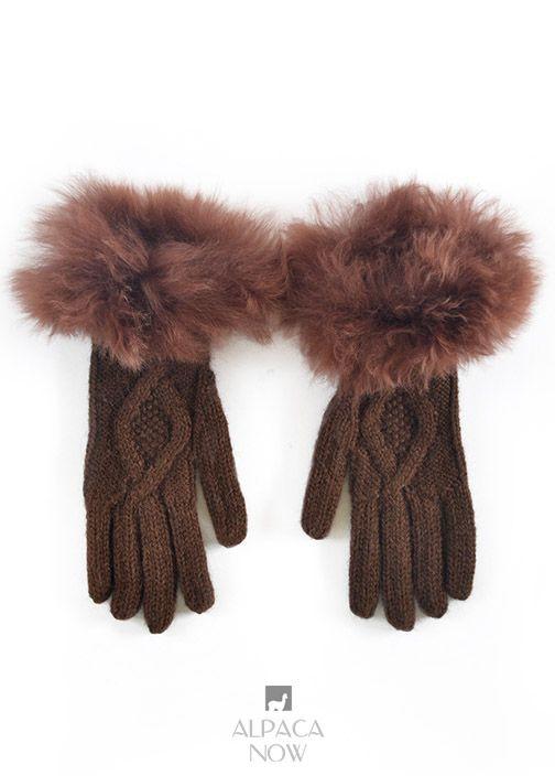 Diamond Cable Alpaca Gloves With Fur